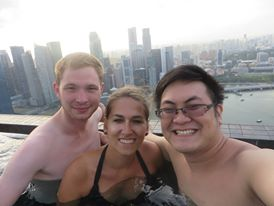 Infinity Pool im Marina Garden by the Bay mit Jonathan und Sandra