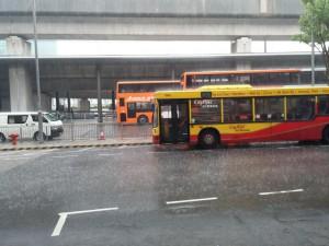 Hongkong begrüsst mich mit viel Regen