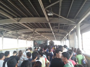 Am Bahnhof in Manila