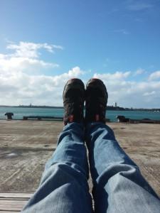 Am Hafen - einfach mal die Beine hochlegen