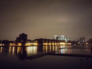Grand Surrey Canal bei Nacht