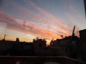 Sonnenuntergang in Istanbul von der Dachterasse