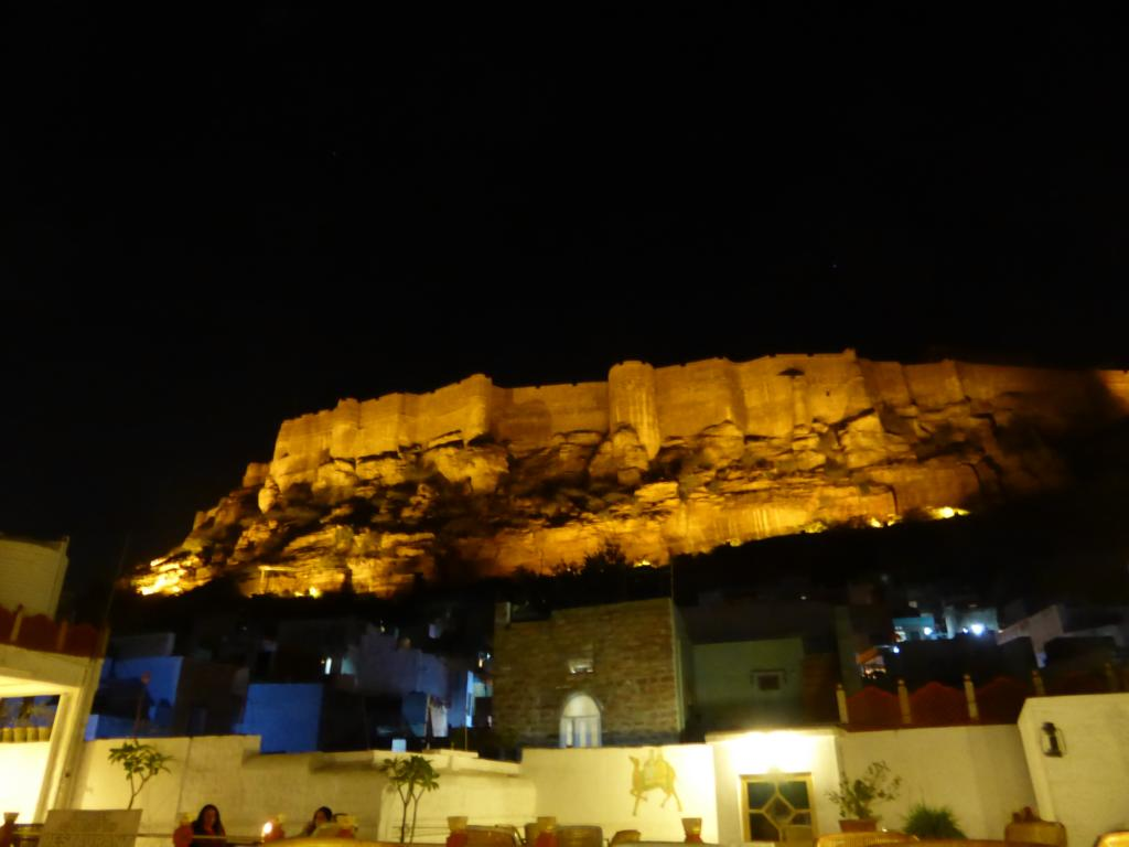 Mehrangarh bei Nacht
