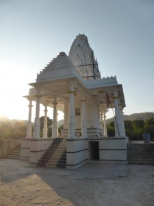 Kleiner Tempel am See