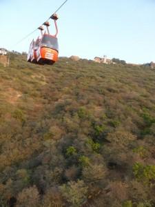 Mit der Seilbahn auf den Berg
