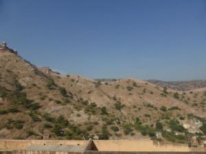 Blick vom Fort Amer auf die umgebenden Mauern