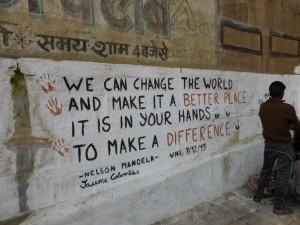 Auch in Varanasi wird an Mandela gedacht