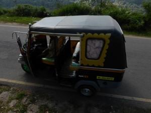 Mit dem Tuktuk durch die Berge
