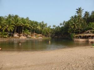 Süsswassersee am Cola Beach