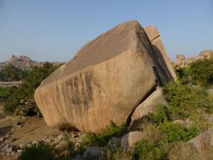 Kleine Felsen in Hampi