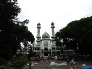 Die größte Moschee in Malang