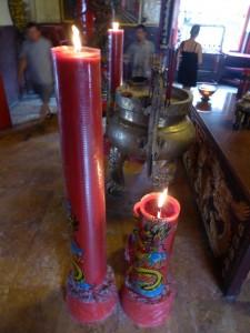 Kerzen im Chinesischen Tempel