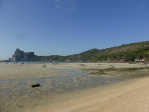 Koh Lanta Strand bei Ebbe
