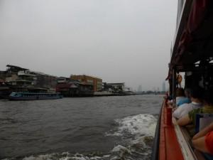Zurück geht es mit dem Boot