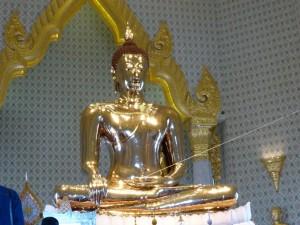 Der goldene Buddha im chin. Tempel