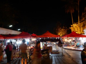 Der Night Market in Luang Prabang