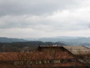 Blick auf Takayama vom Hida Folk Village