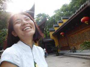 Kiki im Lingyin Temple