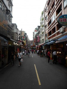 Shoppingstraße in Tamsui