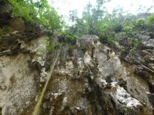 Kurz vor dem Eingang zur Höhle