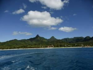 Rarotonga vom Meer aus