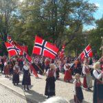 Parader der Norweger zum 17. Mai