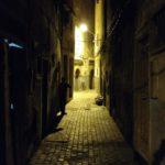 Unterwegs in Essaouira in der Nacht