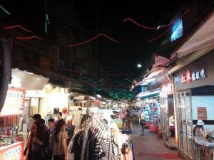 Nachtmarkt bei meinem Hostel